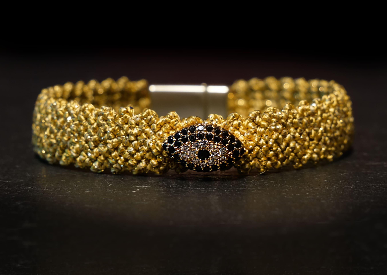 Evil-eye macrame Bracelet Gold