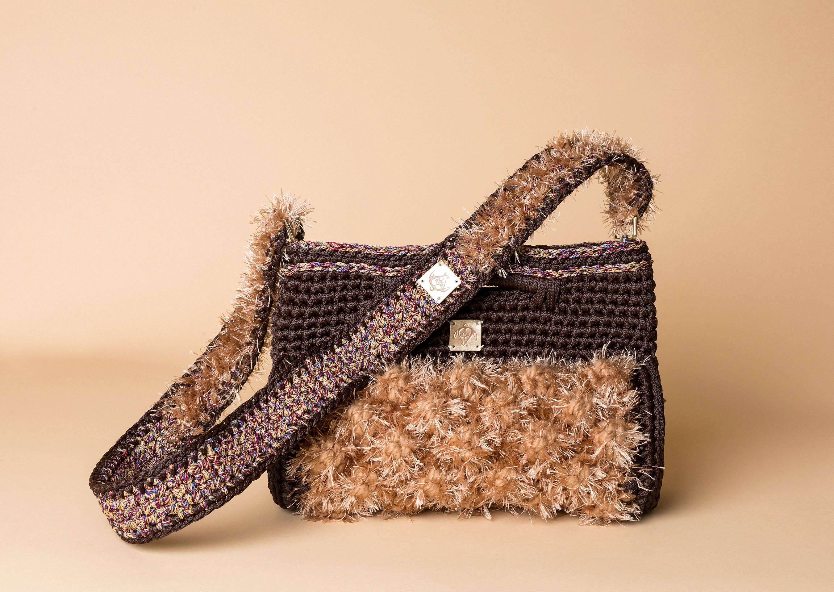 knitted handbag in camel