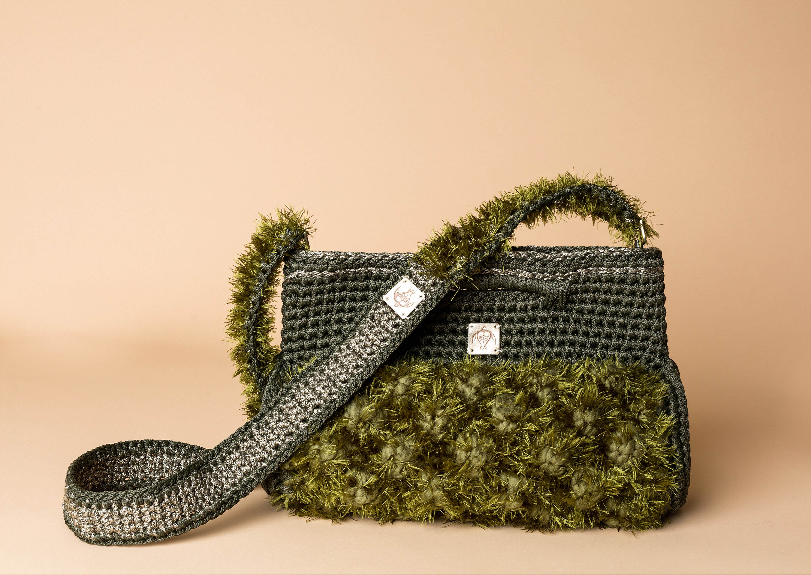 knitted handbag in khaki