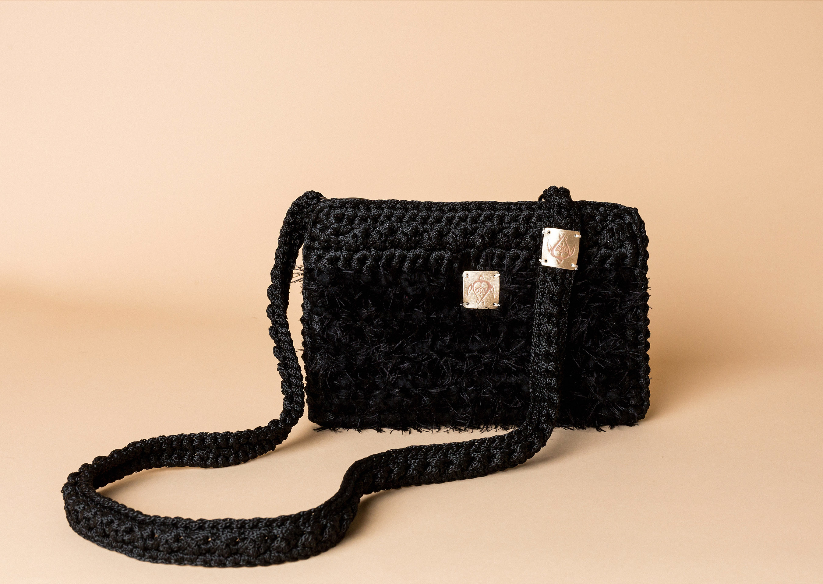 knitted bag petit in black