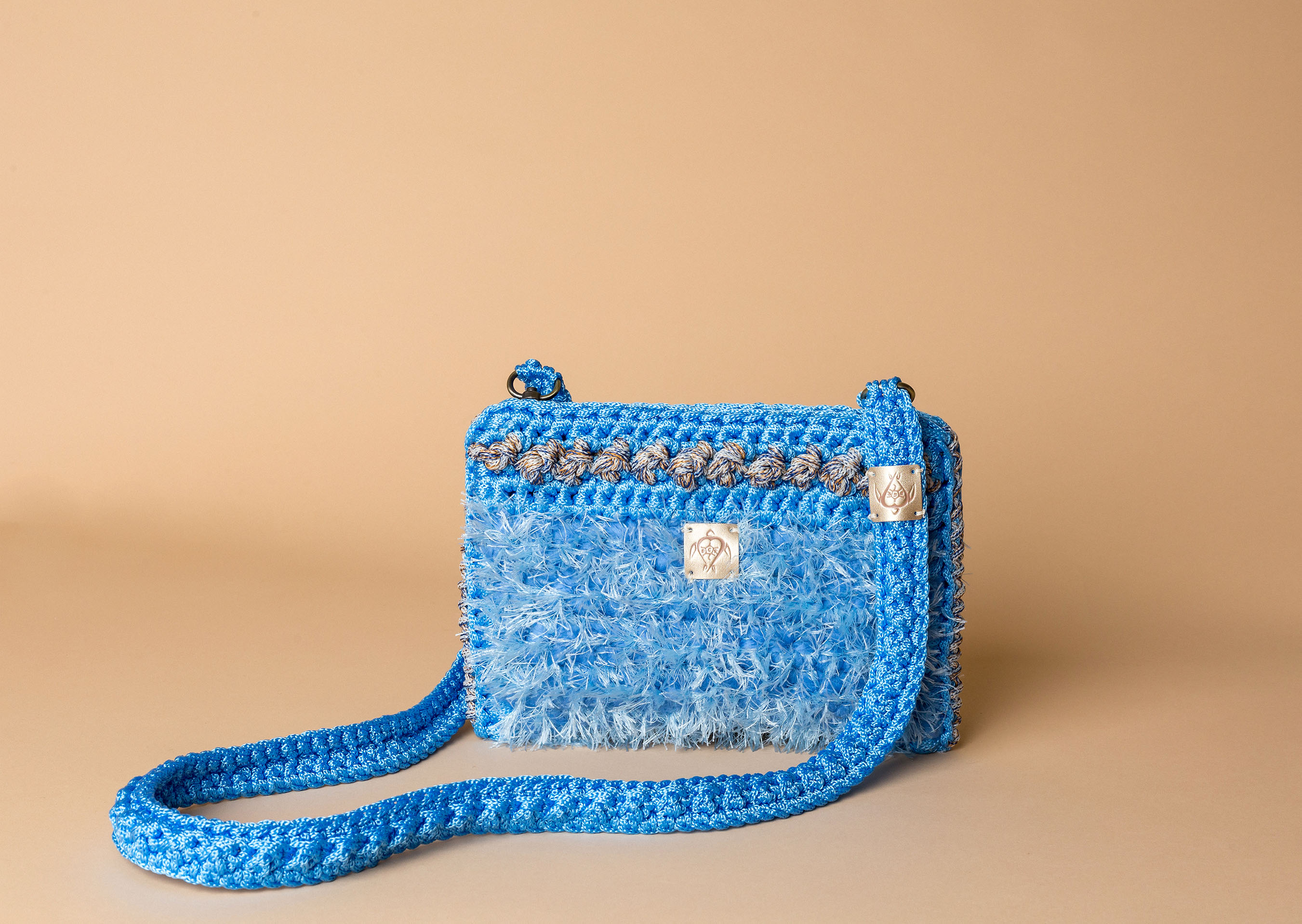 knitted bag petit in sky blue