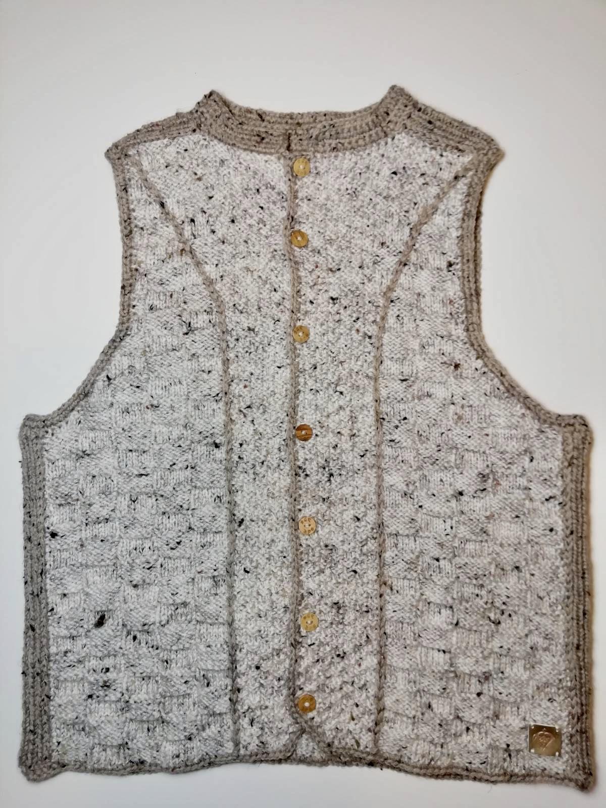 Handmade knitted vest ivory/light beige