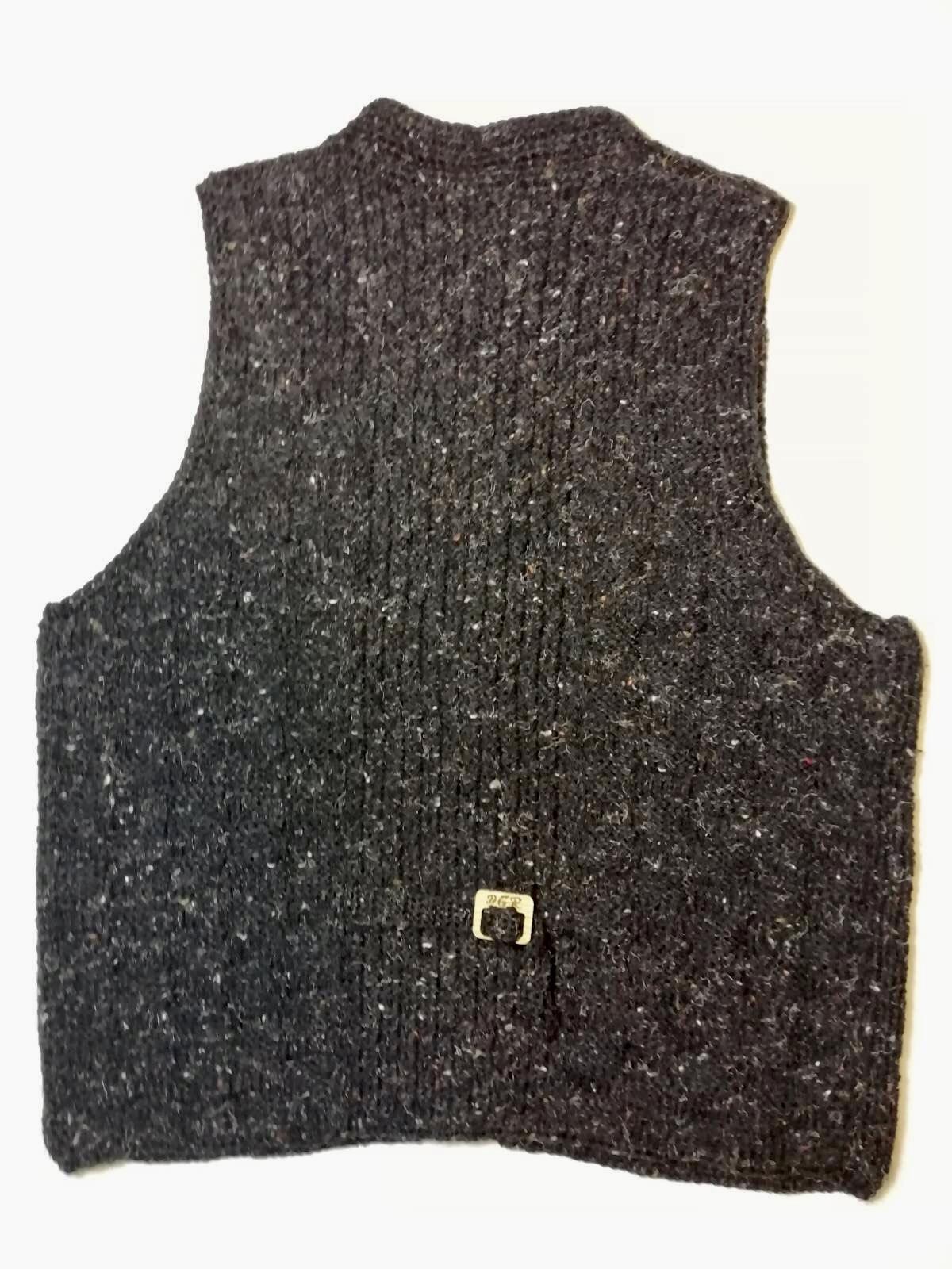 """""""Gazella"""" Vest in black"""
