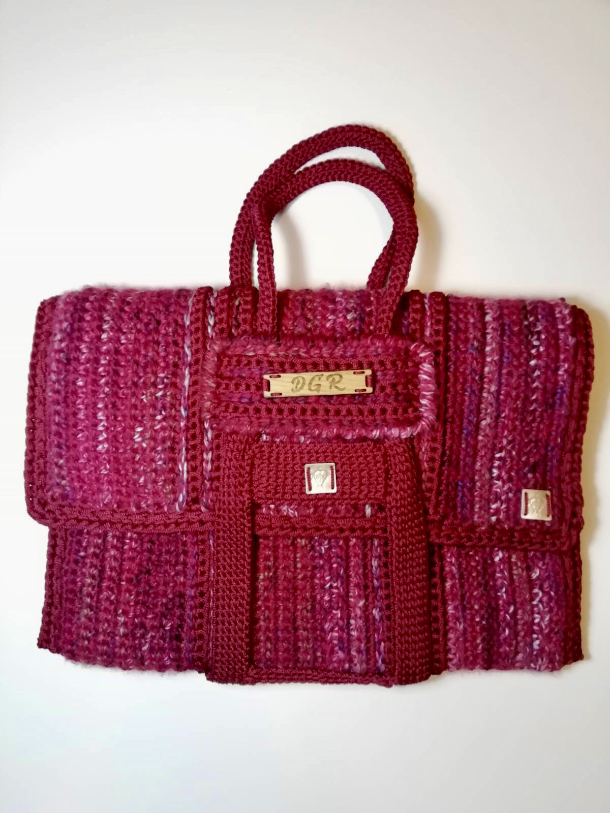 Crochet Bag in fuchsia/red