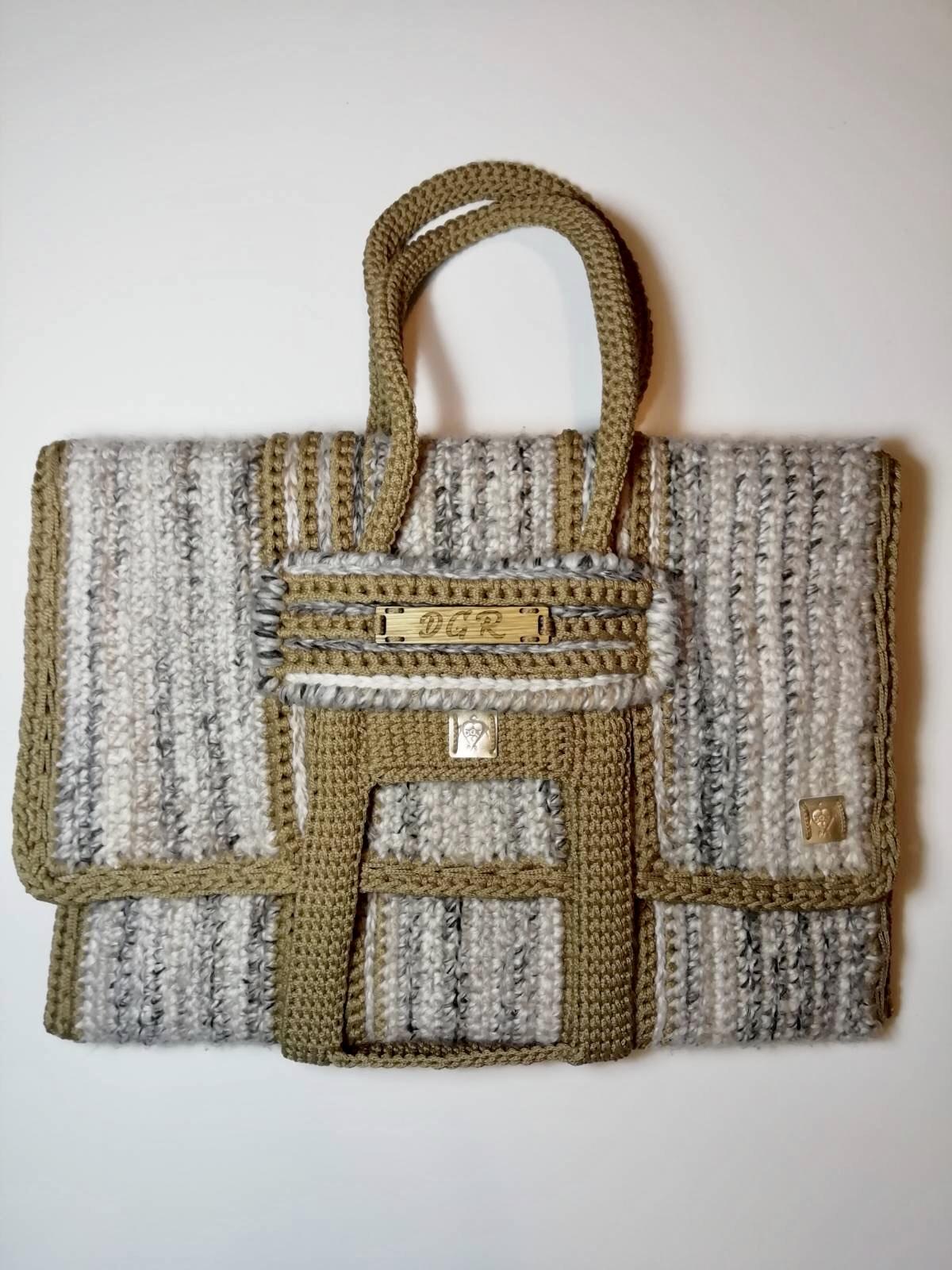 Crochet Bag in beige/mocca
