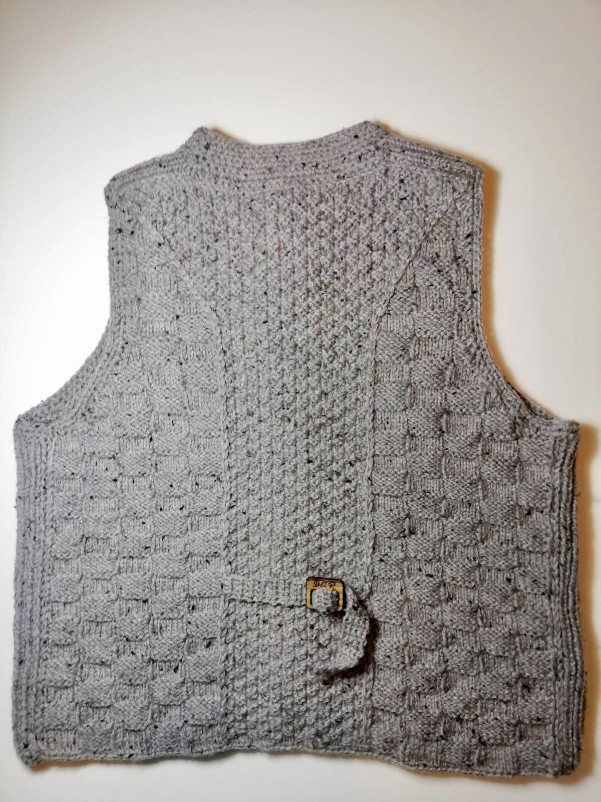 """Gazella"" Vest in light grey"