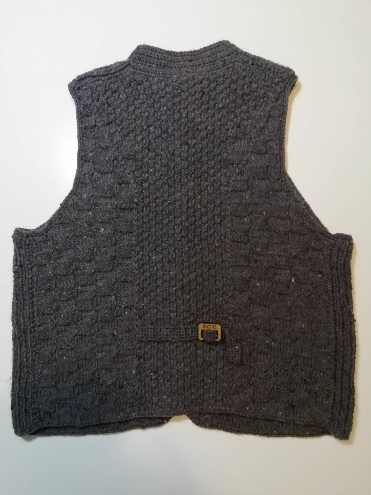 """Gazella"" Vest in dark grey"